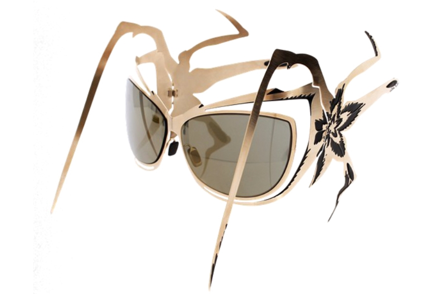 Parasite Vamp Sunglasses in Gold Edition